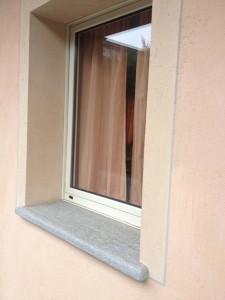 Davanzali roi graniti group s r l - Davanzali finestre in pietra ...
